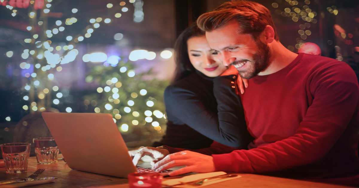 christmas campaigns with marketing automation platform