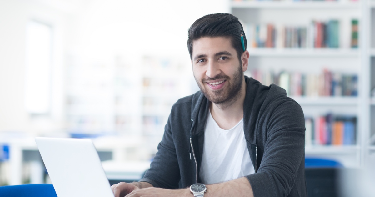 Email-segmentation-businessman
